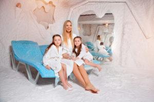 HIMALAYAN Salt Cave Banbury Iwona Pilch kids